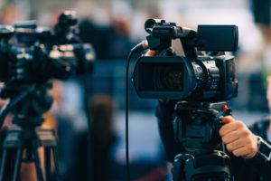 Livestream-Anbieter finden